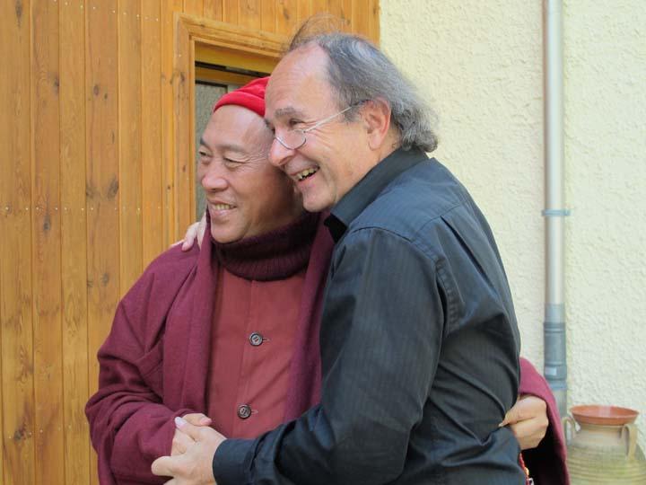 心道法師邀請Michael von Brück教授協助生命和平大學課程發展與規劃