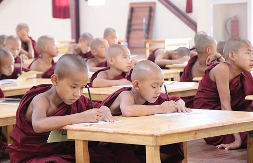 心道法赴緬甸弄曼出席沙彌學院開學典禮及副院長、比丘教師的頒聘儀式